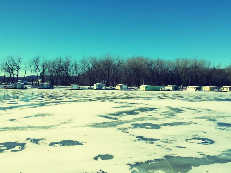 ice and houseboats